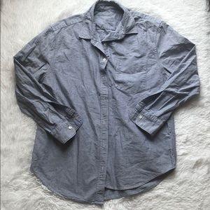 Everlane button down collared blue shirt